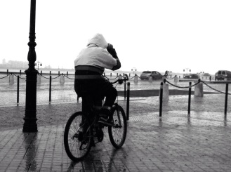 Vélo sous pluie © Bordeaux, Nathalie Tiennot